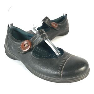 ecco Mary Jane shoes leather